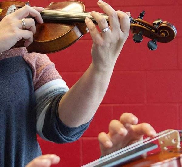 Beques de la Generalitat per a la formació i el perfeccionament en els àmbits de les arts